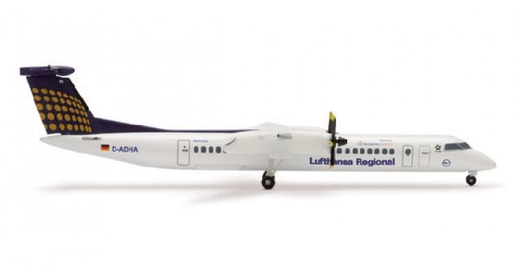 Модель самолета Bombardier Q400 Lufthansa Regional / Augsburg Airways 1:500 510172