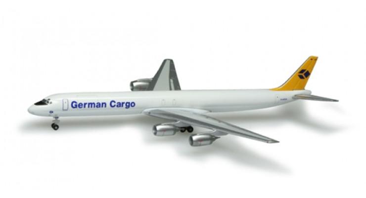 Модель самолета Douglas DC-8-73F German Cargo 1:500 518673