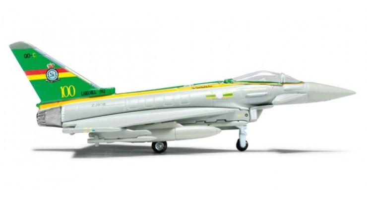 Модель самолета Eurofighter Typhoon EF-2000 Royal Air Force 1:200