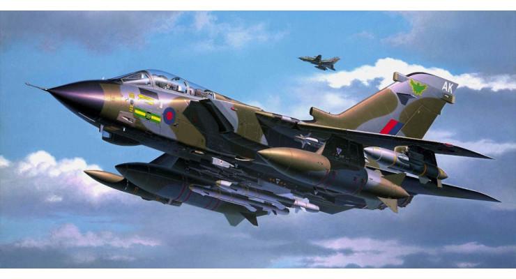 Модель самолета Panavia Tornado GR1 Royal Air Force 1:72