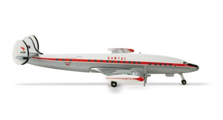 Модель самолета Lockheed L-1049 Super Constellation Qantas Airways 1:500 507806