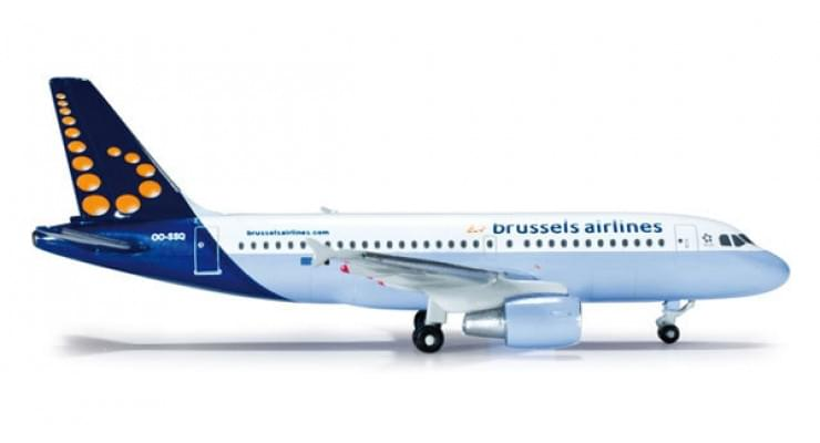 Модель самолета Airbus A319 Brussels Airlines 1:500 519007