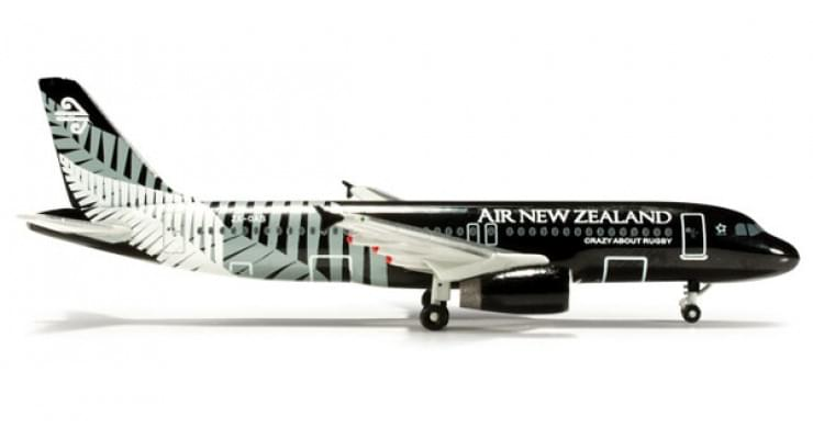"""Модель самолета Airbus A320 Air New Zealand """"Crazy about Rugby"""" 1:500 520713"""