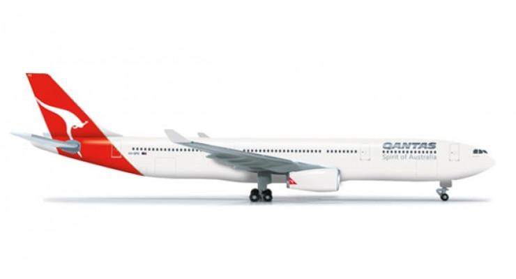 Модель самолета Airbus A330-300 Qantas Airways 1:500 523530