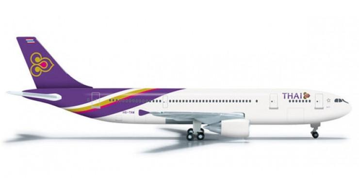 Модель самолета Airbus A300-600 Thai Airways 1:500 524605
