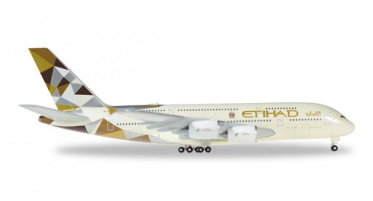 Модель самолета Airbus A380 Etihad Airways 1:500