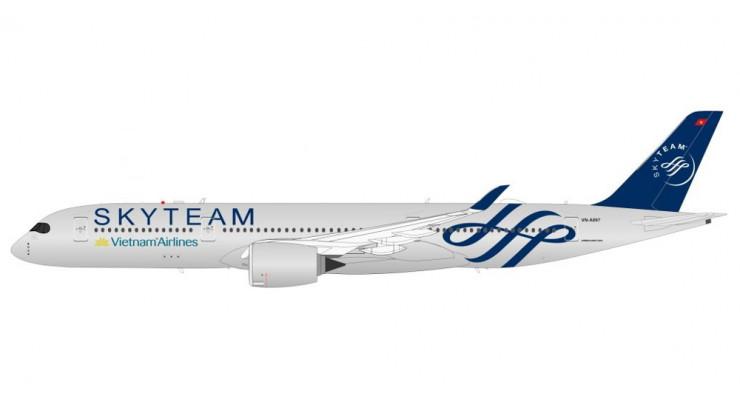 "Модель самолета Airbus A350-900 ""Skyteam"" Vietnam Airlines 1:400"