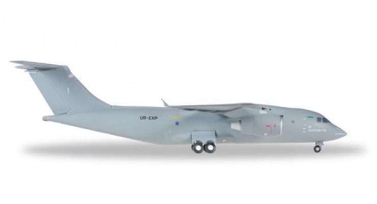 Модель самолета Антонов Ан-178 Ukrain Air Force1:200 A2003