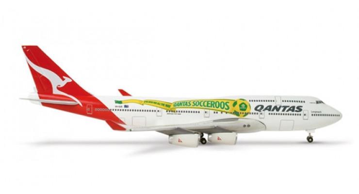"Модель самолета Boeing 747-400 Qantas Airways ""Socceroos"" 1:500 515597"