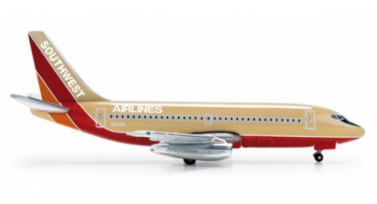 Модель самолета Boeing 737-200 Southwest Airlines 1:500 518574