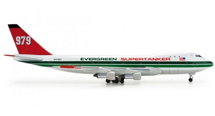 Модель самолета Boeing 747-100 Evergreen Supertanker 1:500