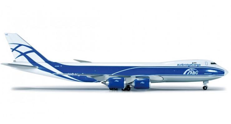 Модель самолета Boeing 747-8F Air Bridge Cargo 1:500