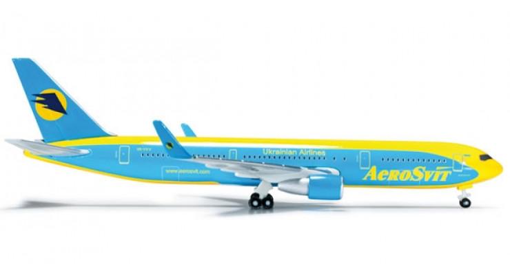 Модель самолета Boeing 767-300 AeroSvit Ukrainian Airlines 1:500 523240