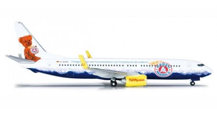 Модель самолета Boeing 737-800 TUIfly 1:500 523400