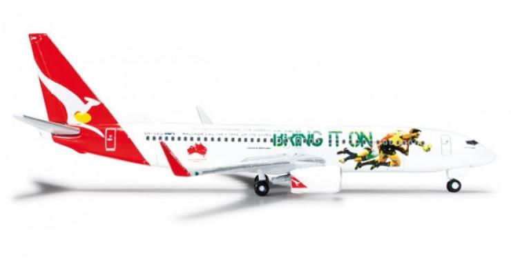 "Модель самолета Boeing 737-800 Qantas Airways ""2013 Lions Tour"" 1:500 526128"