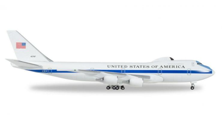 Модель самолета Boeing E-4B United States 1:500