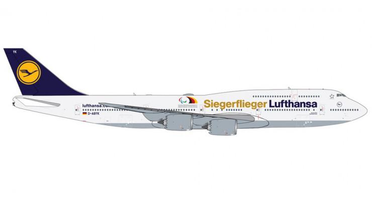 """Модель самолета Boeing 747-8 Lufthansa """"Siegerflieger"""" 1:250"""