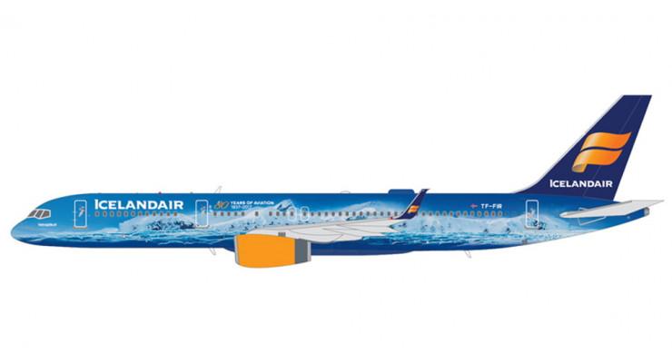 "Модель самолета Boeing 757-200 ""80 Years of Aviation"" Icelandair 1:200"