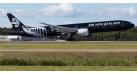 "Модель самолета Boeing 777-300ER Air New Zealand ""All Black"" 1:200"
