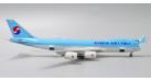 Модель самолета Boeing 747-8F Korean Air Cargo 1:400