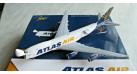 Модель самолета Boeing 747-8F Atlas Air 1:400