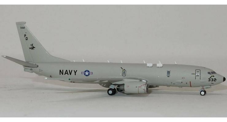 Модель самолета Boeing P-8 Poseidon US NAVY 1:400