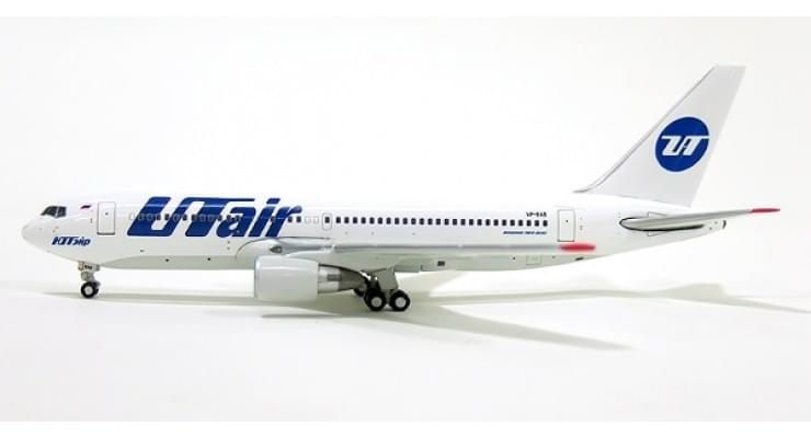 Модель самолета Boeing 767-200 Utair 1:400
