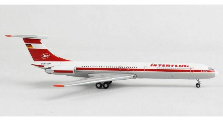 Модель самолета Ильюшин Ил-62М Interflug 1:400