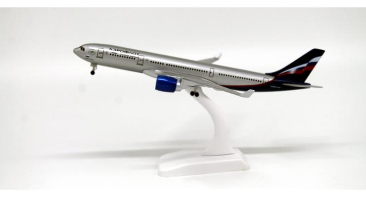 Модель самолета Airbus A330 Аэрофлот длинна 20 см.